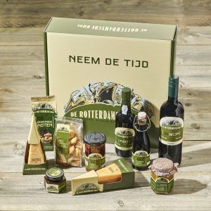 Pakket kubuswoningen van De Rotterdamsche Oude is een ideaal kerstpakket of relatiegeschenk!